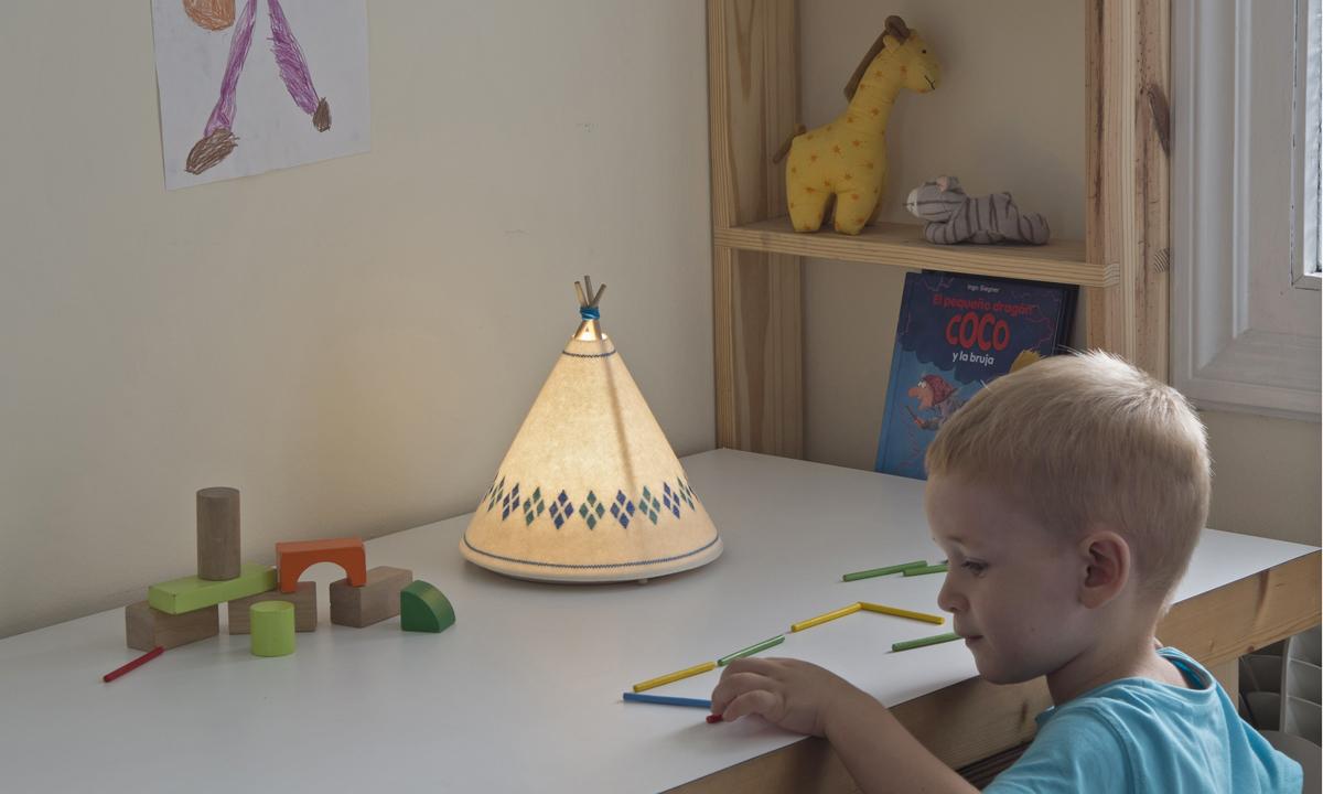 Lampara infantil-Tipi-Buokids-detalle-02 panoramica